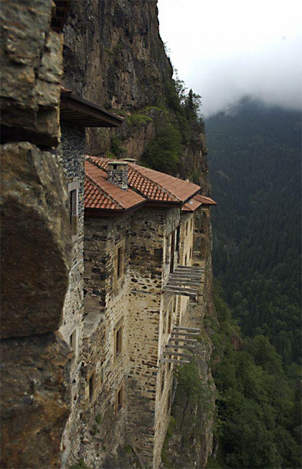 el_monasterio_de_sumela